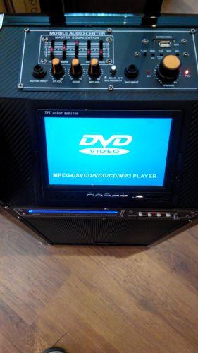 """""""MBA TV-10"""" - Активна акумулаторна караоке система с вградено DVD и 7 инчов дисплей Carrier TV-10, МП3 плейър от SD карта или флашка, безжичен микрофон и дистанционно."""